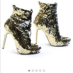 Wild Diva Metallic Reversible Sequins High Heel